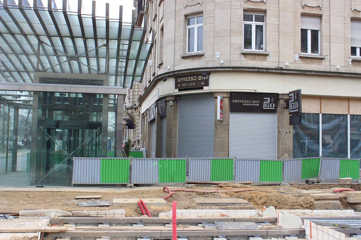 Entre as obras na avenue de la Liberté, o café 2Go encerrou as portas na segunda-feira.