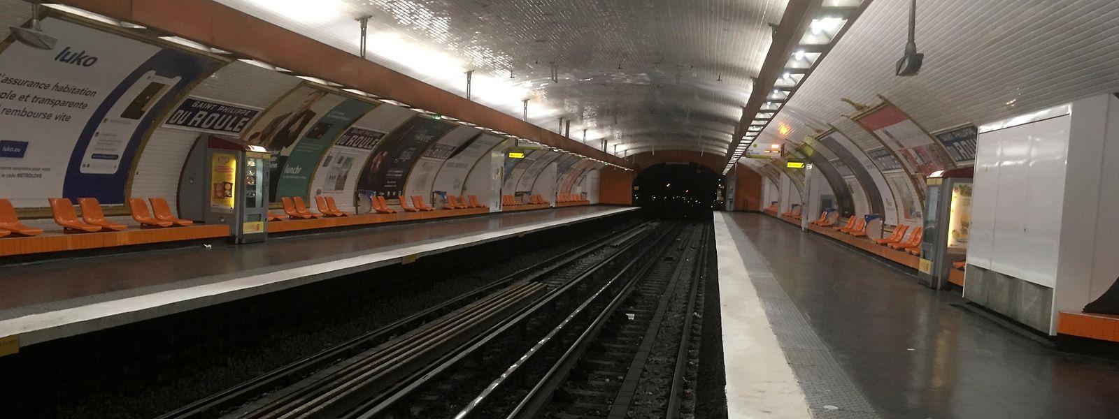 Gähnende Leere: Nach Angaben des Betreibers RATP sollen 10 von 16 Metro-Linien komplett stillstehen, bei vier weiteren werden schwere Störungen erwartet. Der Streikt richtet sich gegen die von der Regierung geplante große Rentenreform.