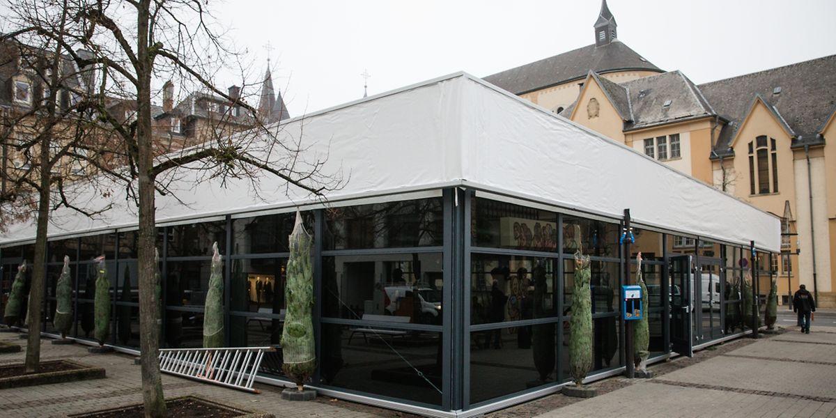 Erstmals findet auf der Place du Théâtre ein Weihnachtsmarkt statt.