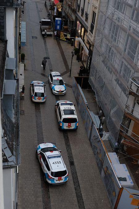 Die Polizei war binnen weniger Minuten mit mehreren Patrouillen vor Ort im Einsatz.