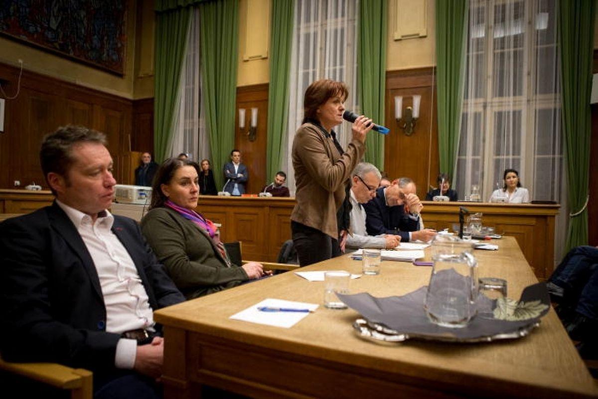 Bürgermeisterin Vera Spautz unterstrich die Wichtigkeit, die Flüchtlingskinder in einen schulischen Alltag einzubinden.