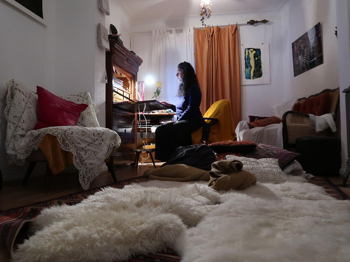 Le nom de l'atelier, «within», fait référence «au seul endroit où tu peux être libre. C'est-à-dire à l'intérieur de toi», explique Vanessa Buffone.