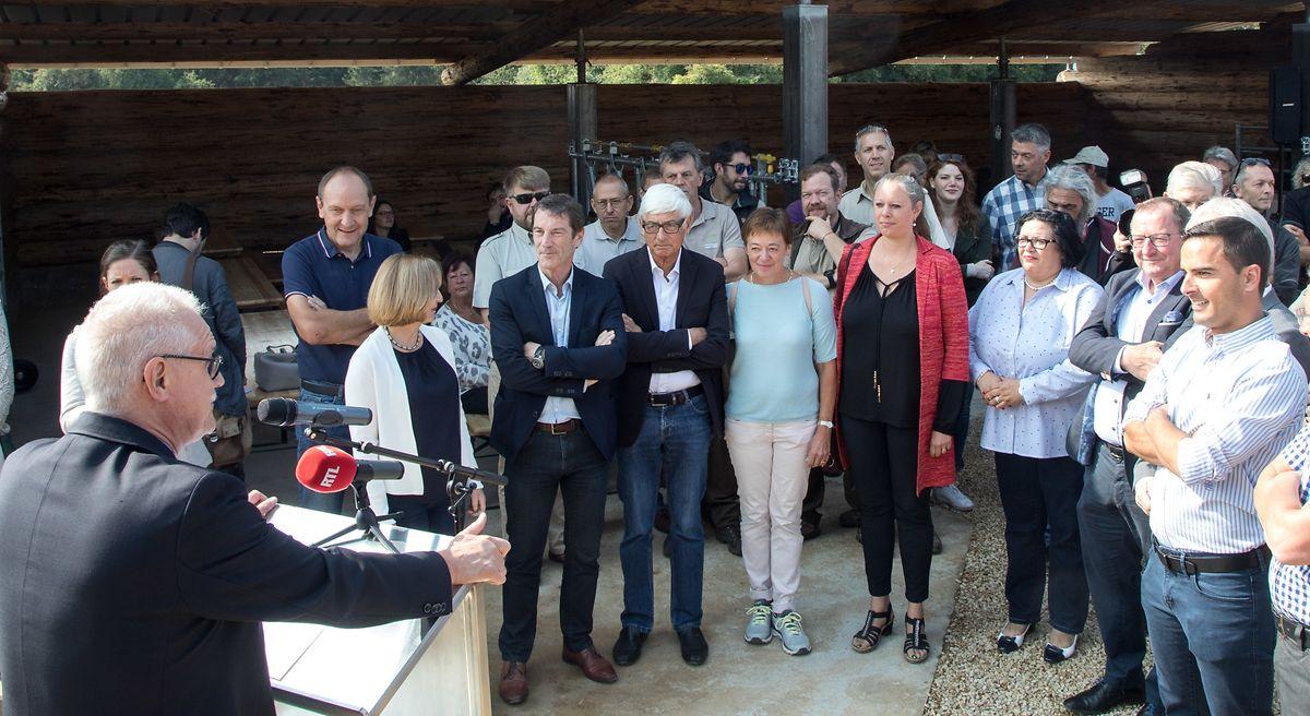 La ministre de l'Environnement, Carole Dieschbourg, était présente à la présentation de la zone protégée Léiffrächen, en compagnie de quelques élus, ce mardi 28 août.