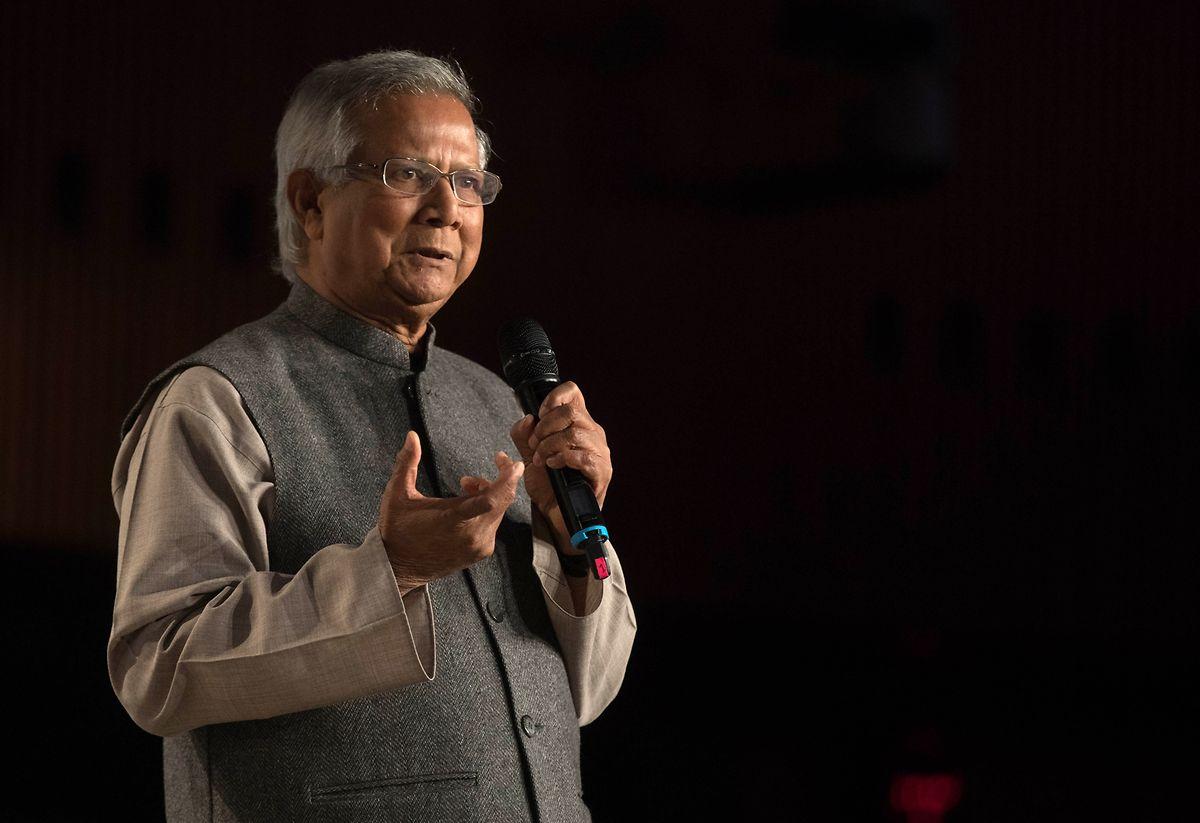 Muhammad Yunus erhielt 2006 den Friedensnobelpreis. Er gilt als Erfinder der Mikrokredite, die seitdem weltweit zur Bekämpfung der Armut eingesetzt werden.