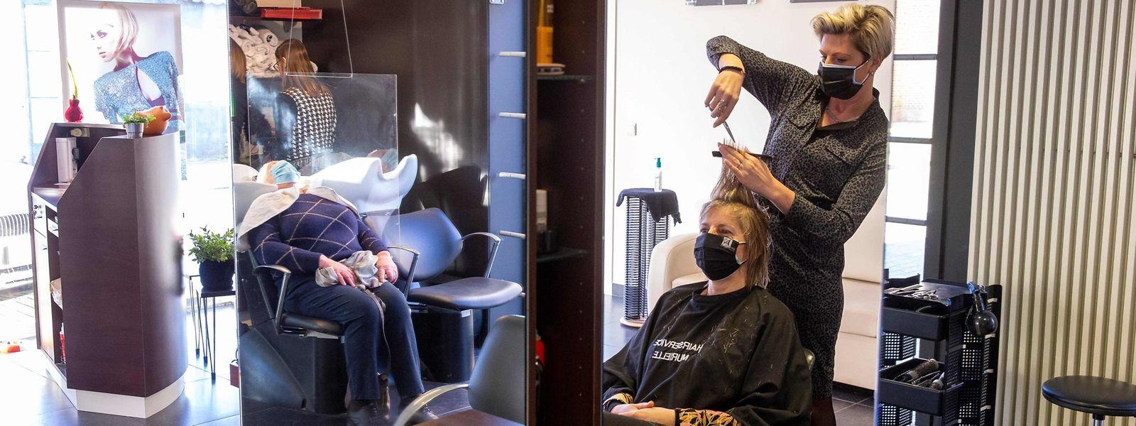 En Belgique, les coiffeurs et le tourisme intérieur ont pu bénéficier d'un léger assouplissement des mesures anti-covid dans le royaume.