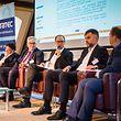 """Statec: """"Une croissance risquée: pourquoi le Luxembourg s'en tire mieux que la zone euro, avec Franz Fayot, Yves Kuhn, Patrick Wies, Thierry Raizer, Foto Lex Kleren"""