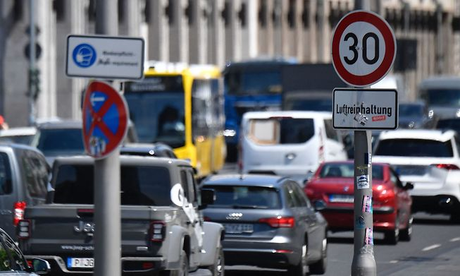 A traffic sign indicates the speed limit in order to improve air quality in a street in Berlin's Mitte (centre) district on Thursday.