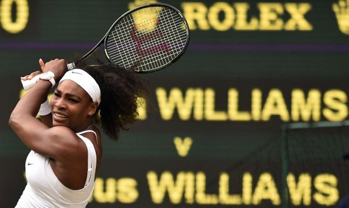 Serena Williams n'a guère éprouvé de problème pour sortir sa soeur aînée, Venus, en 8e de finale