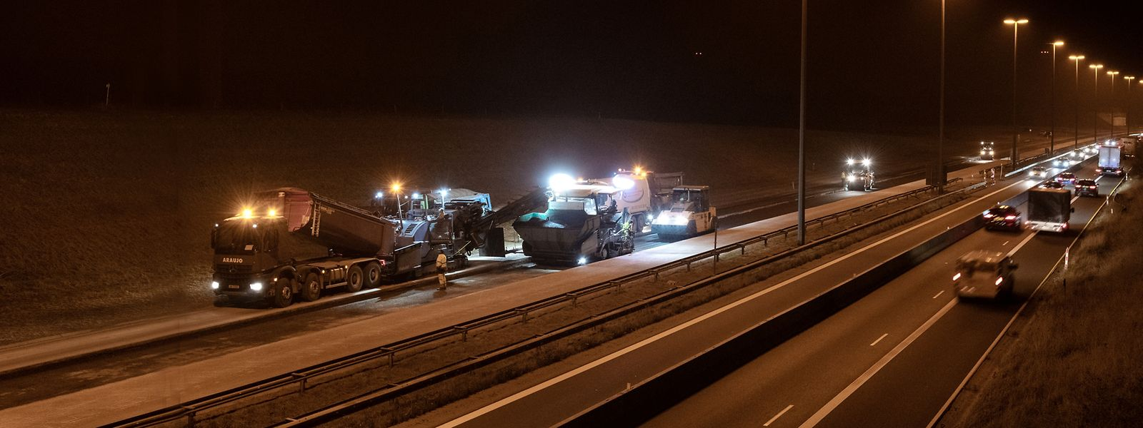 Seit dem Beginn der Baustelle staut sich der Verkehr regelmäßig an der belgischen Grenze.