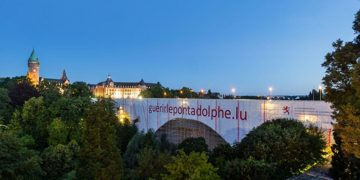 """Der Pont Adolphe: Er ist nicht nur eine wichtige Verbindung zwischen der Oberstadt und dem """"Garer quartier"""", sondern zudem das Wahrzeichen der Hauptstadt."""