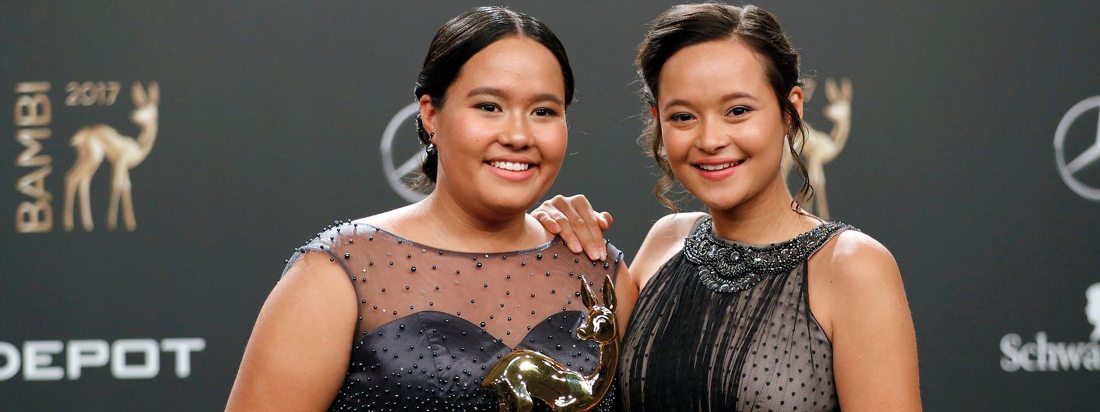 Isabel (l.) und Melati Wijsen wurden für ihr Engagement schon mehrfach ausgezeichnet, unter anderem mit dem deutschen Medienpreis Bambi. Die auf Bali lebenden Teenager gründeten die NGO Bye Bye Plastic Bags im Alter von zehn und zwölf Jahren.