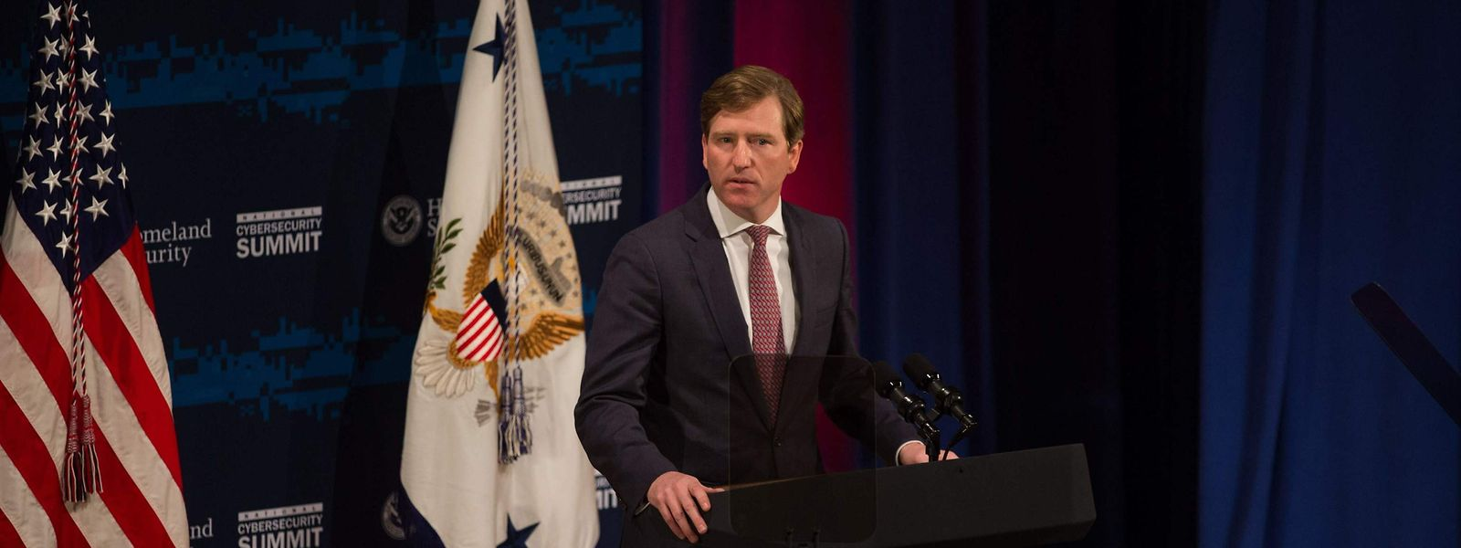 Chris Krebs, directeur de l'agence de cybersécurité et de sécurité, avait déclaré la semaine dernière que la présidentielle avait été «la plus sûre de l'histoire des Etats-Unis». Une affirmation qui n'a pas plu au président sortant.
