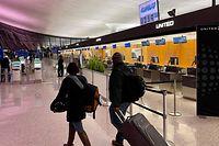 Rund 7.000 Verbindungen seien annulliert worden, Millionen Reisende seien zwischen März 2020 und März 2021 betroffen gewesen.
