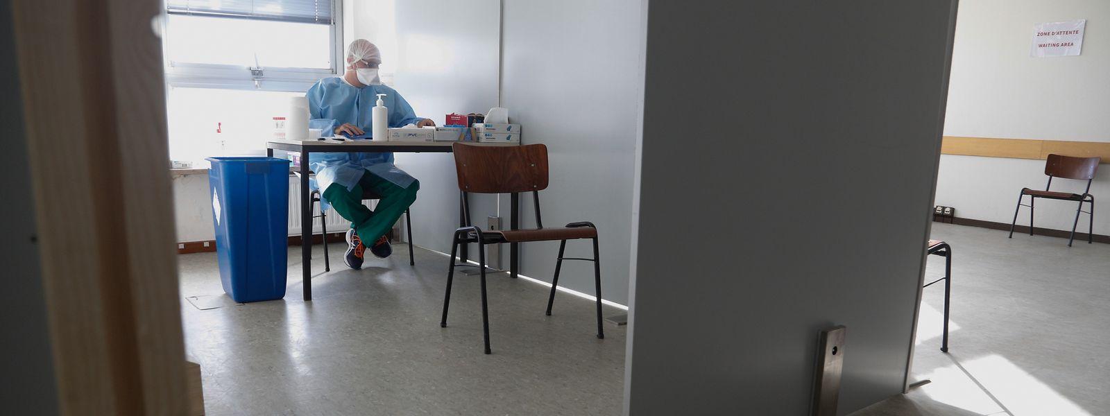 Actuellement, dix patients peuvent être traités chaque heure. Mais en cas de besoin, les capacités pourraient être doublées, assure le coordinateur.