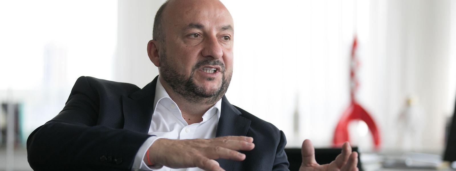 Im Sommerinterview erklärt der Wirtschafts- und Gesundheitsminister die großen Herausforderungen, vor denen Luxemburg steht.