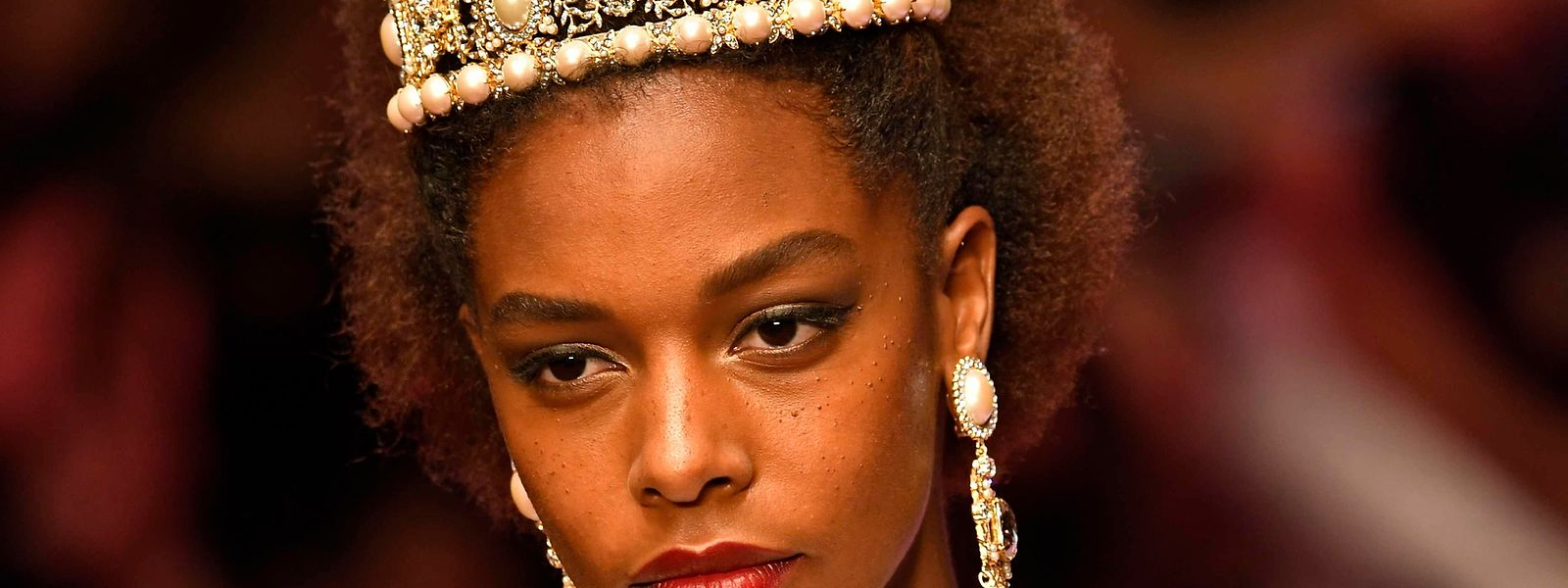 Auch Dolce & Gabbana setzte bei der Frühling/Sommer-Kollektion 2018 am vergangenen Sonntag deutliche Zeichen bei der Modelauswahl.