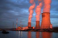 Trotz Forderungen nach einem Aus für das AKW Tihange will Belgien nicht auf die umstrittenen Reaktoren verzichten.