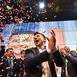 Volodymyr Zelensky derrotou Poroshenko e foi eleito Presidente da Ucrânia.