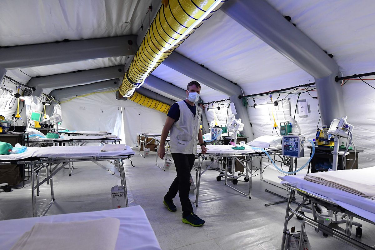 Das Feldlazarett in Cremona ist bereits operationell. Auf dem Mailänder Messegelände soll ein weiteres provisorische Krankenhaus entstehen.