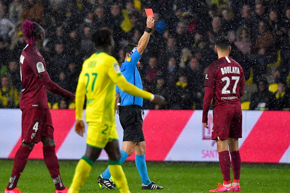 Exclu contre Nantes, Farid Boulaya manquera la réception de Lyon.