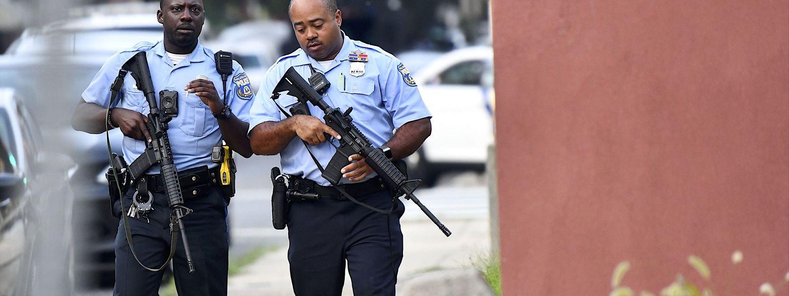 Bei einer Polizeiaktion am Mittwoch hatte ein Mann das Feuer auf die Beamten eröffnet und dabei sechs Polizisten verletzt.