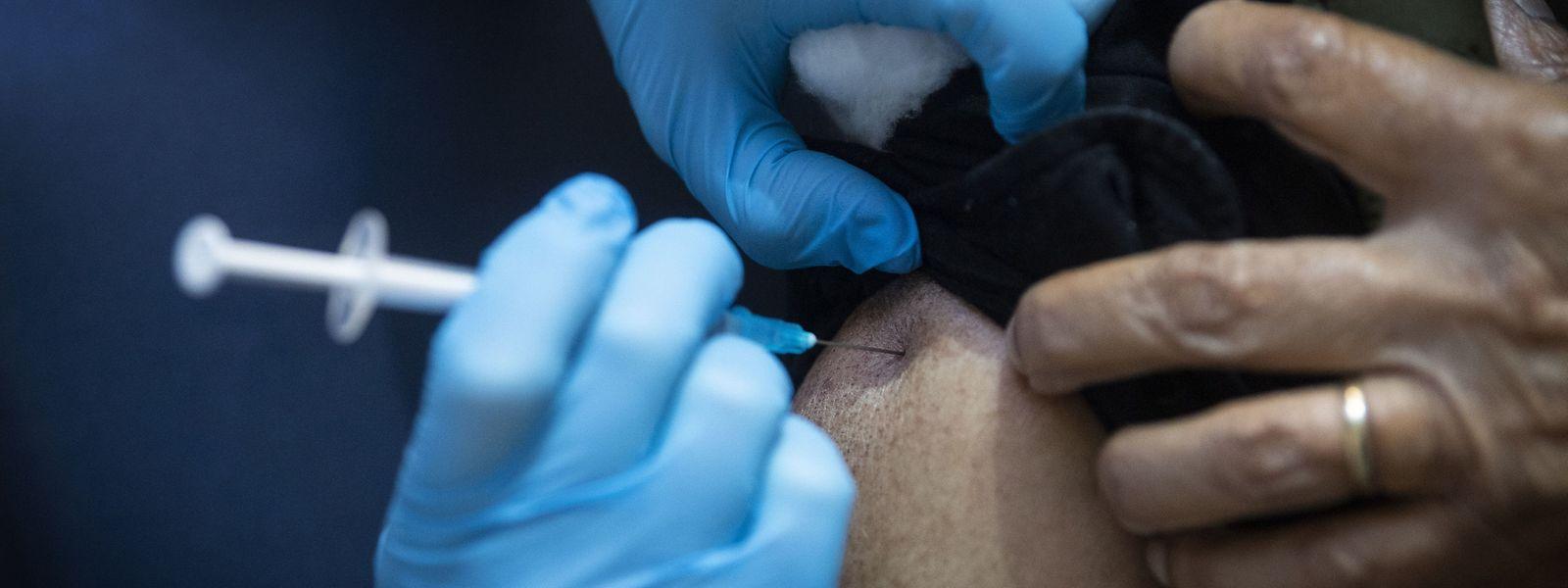 Au Royaume-Uni, la campagne de vaccination a commencé ce mardi. C'est le vaccin Pfizer qui a été retenu par les autorités.