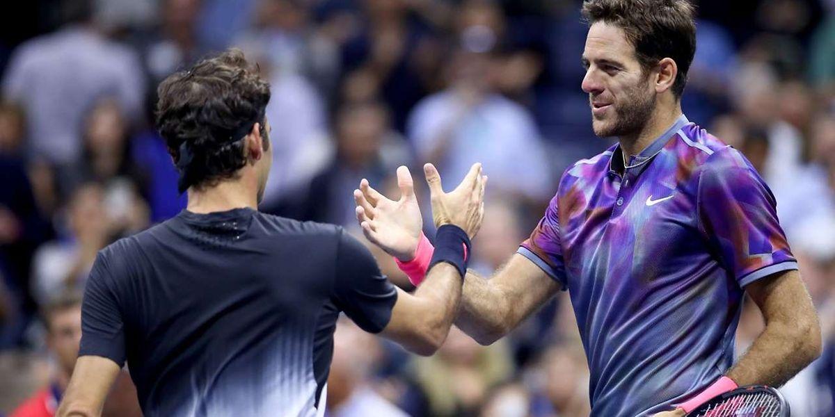 L'Argentin Juan Martin del Potro (à dr.)  a dominé le Suisse Roger Federer en quatre manches