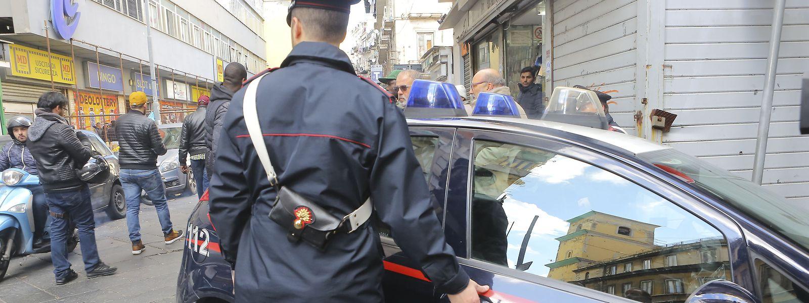 Die italienische Politei bei einem Einsatz gegen Mafiosi des berüchtigten  'Ndrangheta-Clans.