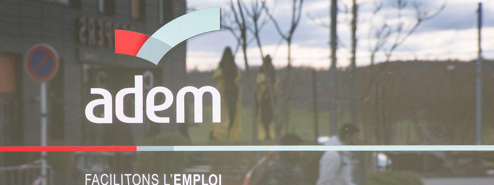 Selon le dernier décompte officiel, ce sont pas moins de 14.700 entreprises qui ont bénéficié du chômage partiel, pour un total de 860 millions d'euros d'avances versées.