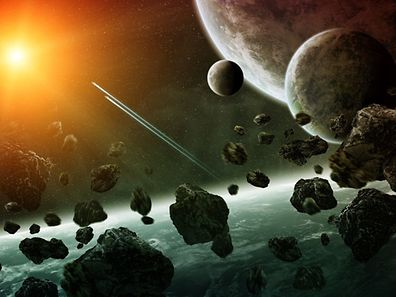 Les différentes matières récupérées sur les astéroïdes, comme des métaux, des hydrocarbures ou même de l'eau, seraient exploitées sur place et serviraient à construire des bases desquelles partirait une exploration spatiale plus lointaine.