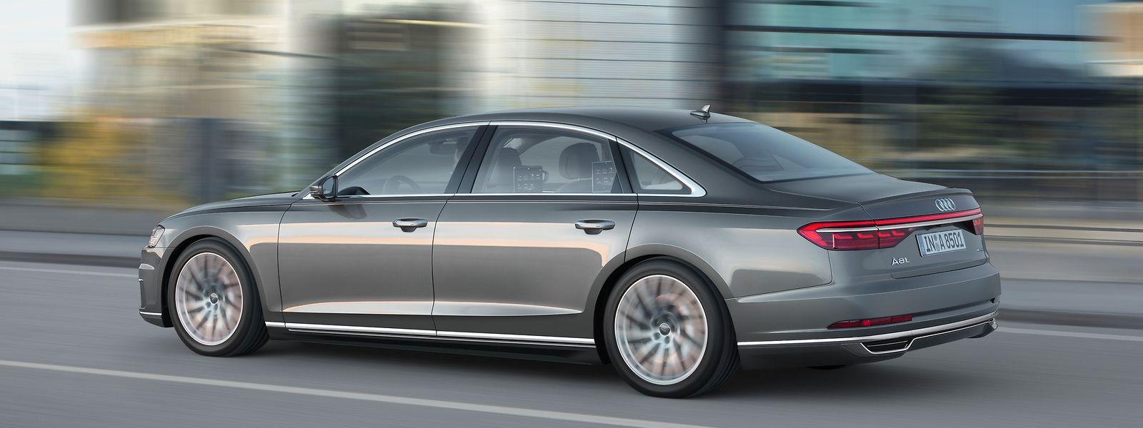 Der Audi A8 ist erneut mit zwei unterschiedlichen Radständen verfügbar. Als Langversion streckt sich der Ingolstädter auf stattliche 5,30 Meter.