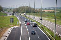 Le couloir de covoiturage sur l'autoroute E411 entre Arlon et Sterpenich reste désespérément vide depuis sa mise en service le 7 mai dernier