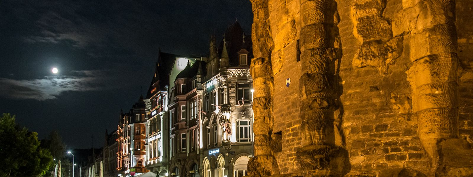 Der Raubüberfall ereignete sich unweit der Porta Nigra in Trier.