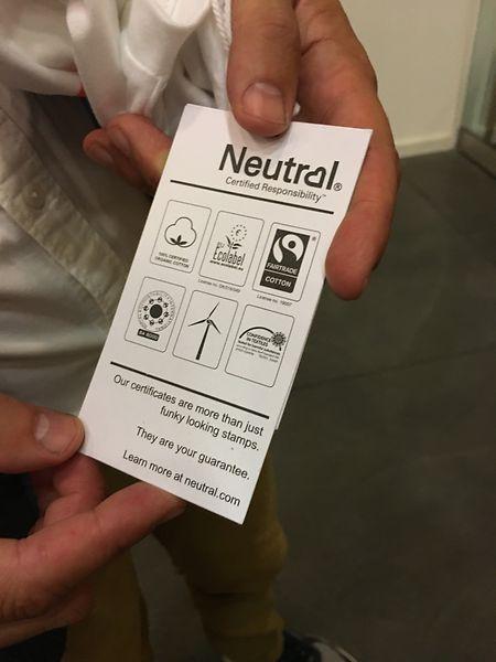 Die Marke Neutral setzt auf Öko- sowie Fairtrade-Zertifizierungen.