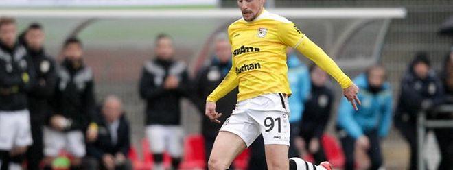 Grégory Adler ne fait pas partie des premiers choix de Dino Toppmöller et doit se trouver un club pour retrouver les terrains.