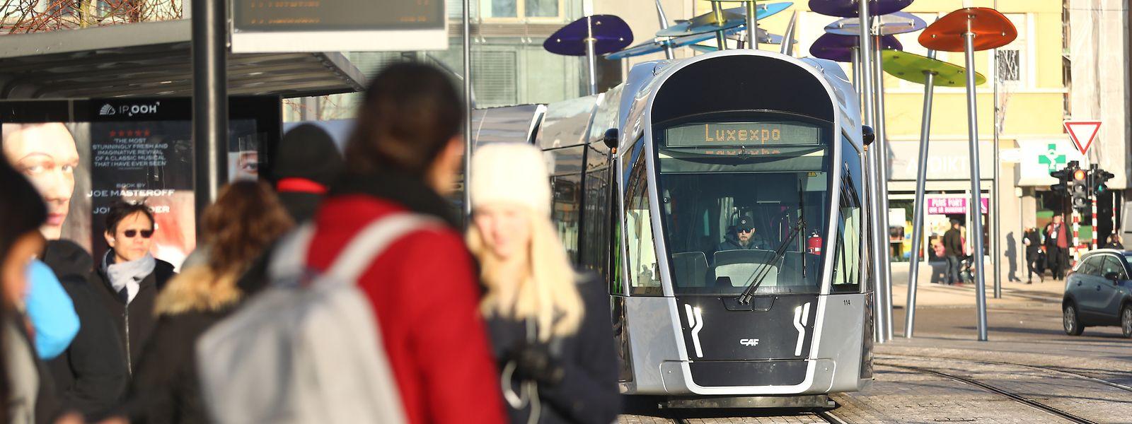 Près de 80% des personnes circulant sur le pays n'emploient pas encore de transports en commun.
