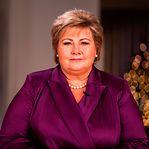 Primeira-ministra da Noruega multada por violar regras para celebrar aniversário