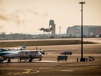 """Die Deutsche Flugsicherung wird bei der Reform der Luftfahrtverwaltung deshalb eindeutig favorisiert, weil sie quasi eine Art """"Rundum-Sorglos-Paket"""" geschnürt hat."""