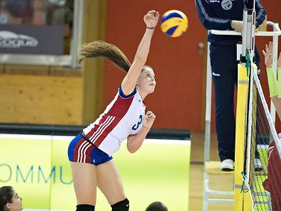 Betty Hoffmann (Luxemburg 3) / Volleyball / Novotel Cup Frauen / Luxemburg - Albanien / 30.12.2016 / Coque, Luxembourg / Foto: Christian Kemp