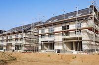 Die CSV fordert, dass die privaten Bauträger in das staatliche Wohnungsbauförderprogramm aufgenommen werden.