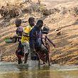 Sauberes Wasser bleibt für Millionen Menschen ein seltenes Gut. Eine allgemein gesicherte Verfügbarkeit und nachhaltige Bewirtschaftung von Wasser ist eines der 17 Ziele der Vereinten Nationen bis zum Jahr 2030. Damit die Agenda zum Erfolg wird, müssen die Industrieländer aber auch ihre eigenes Handeln in Sachen Klima- und Naturschutz hinterfragen.