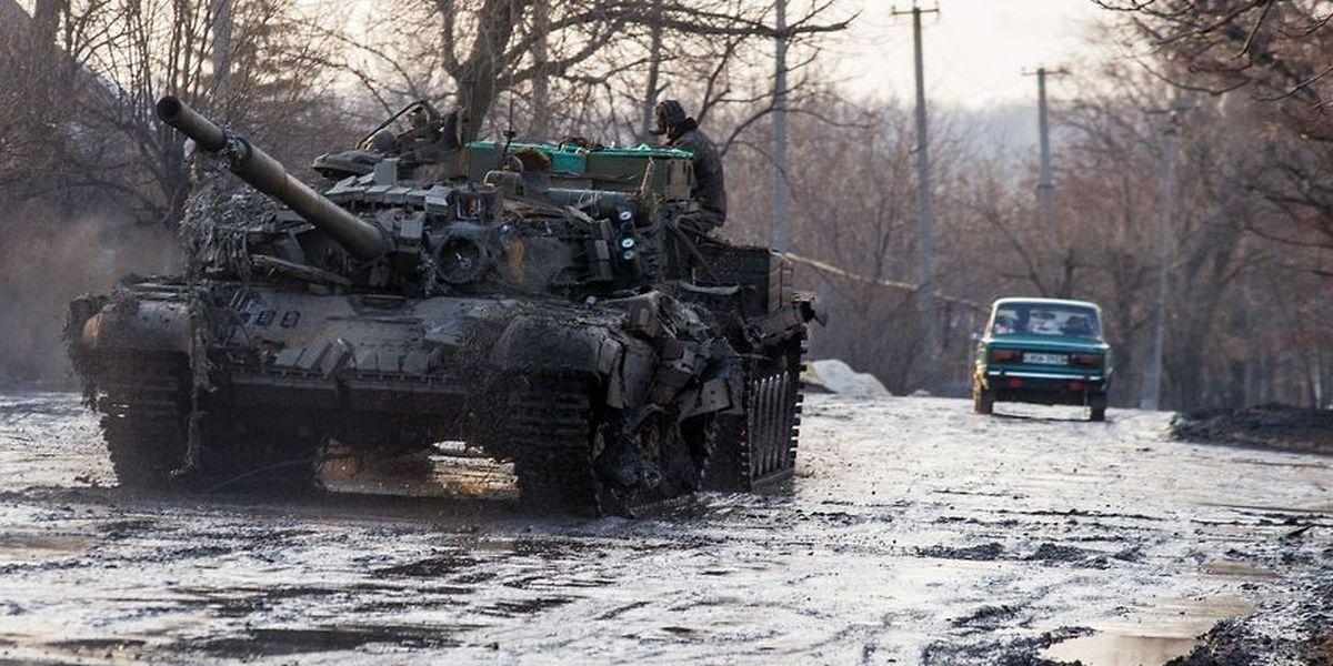 Die Ukraine und Russland wollen sich nach 16 Monaten wieder an einen Tisch setzen, um über den Ukraine-Konflikt zu verhandeln.