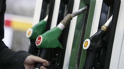 Zum ersten Mal seit Januar 2013 liegen die Ölpreise höher als zwölf Monate zuvor.