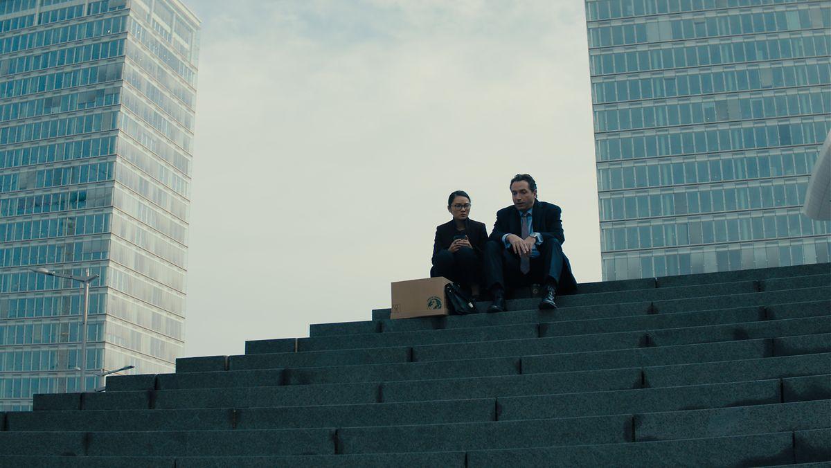 Le lieu de tournage à la Philharmonie, avec Tao (Mai Duong Kieu) et Marc (Marc Limpach) (à dr.)