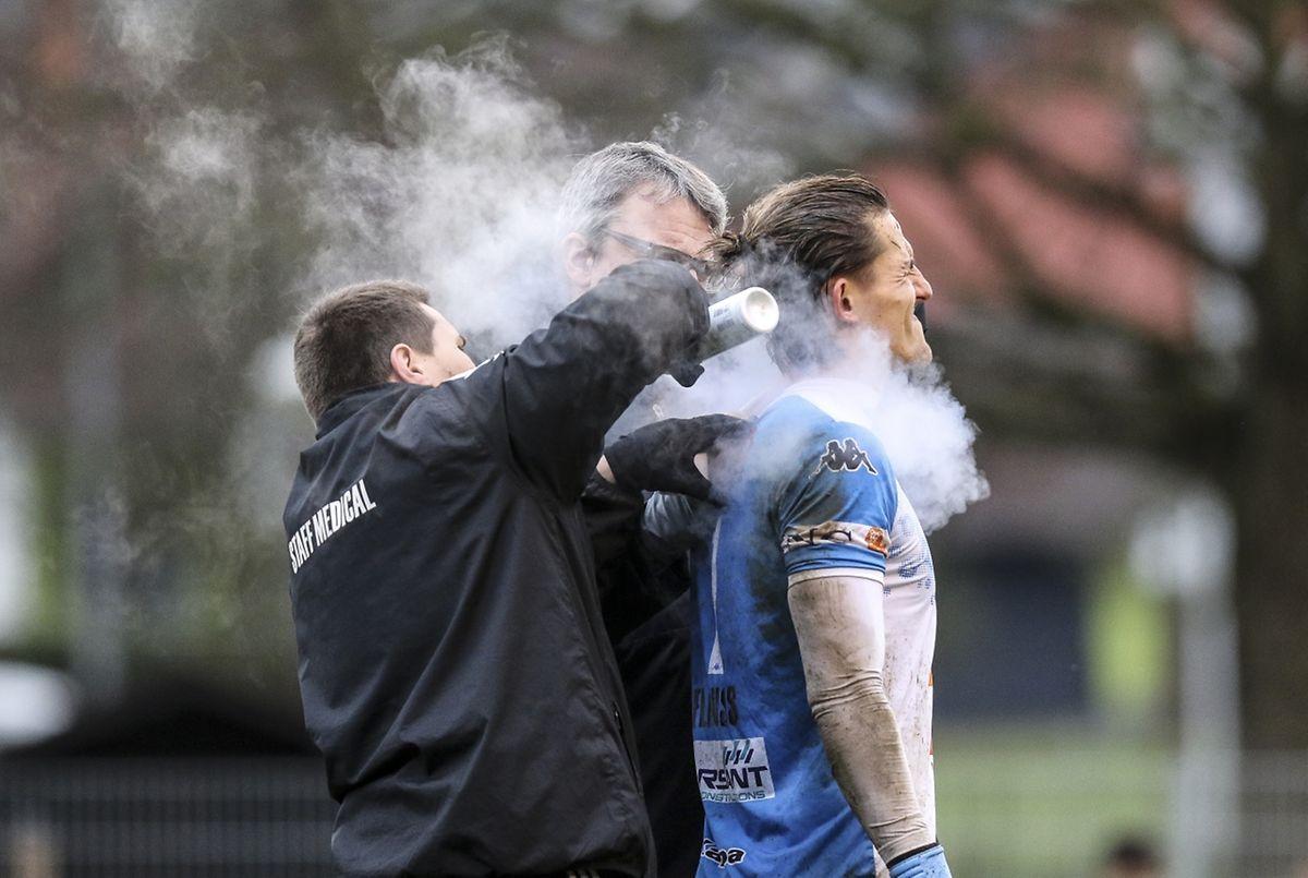 Coup de froid pour Sébastien Flauss et la défense du Progrès pris deux fois à revers.