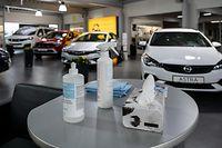 Lok , Autofestival in Coronazeiten , Garage Kauffmann/ Opel , Dudelange , Foto:Guy Jallay/Luxemburger Wort