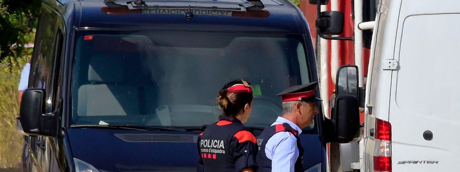 """Die spanische Polizei sei """"sehr nah an einer Person dran, die mit beiden Attentaten in Verbindung steht"""", so die Ermittler auf Twitter."""