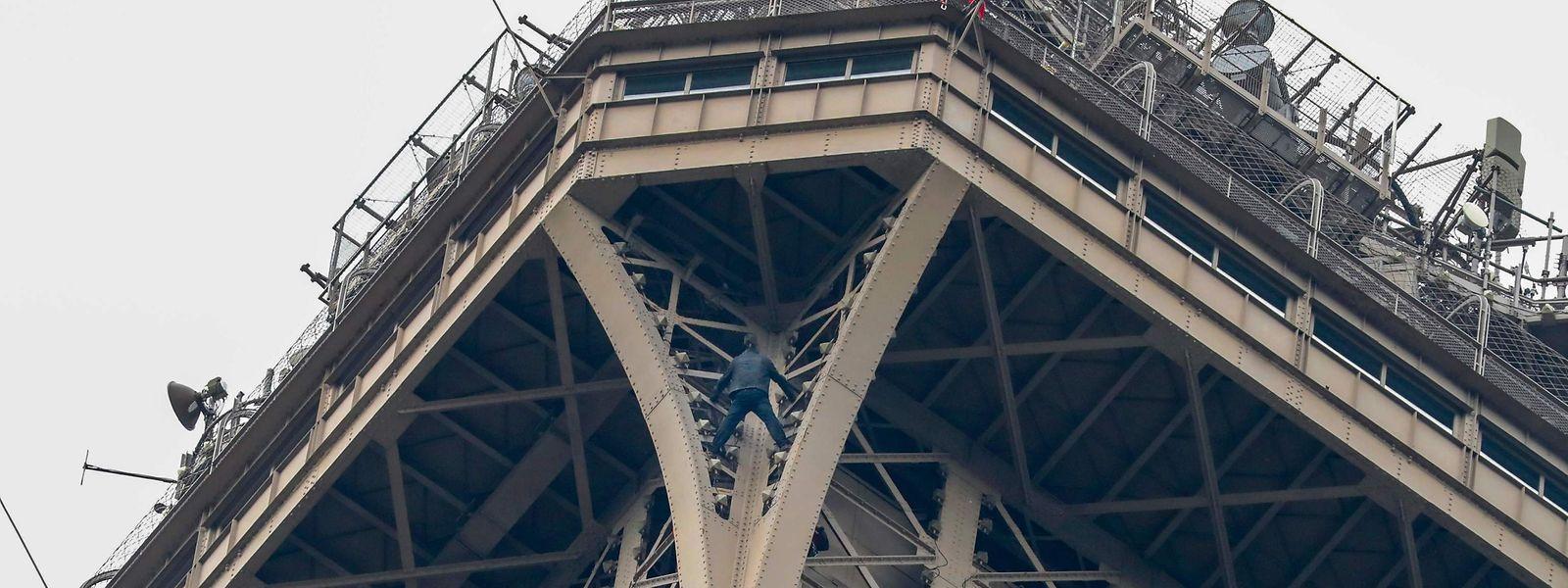 Der Eiffelturm feierte am 15. Mai 130-jähriges Bestehen.