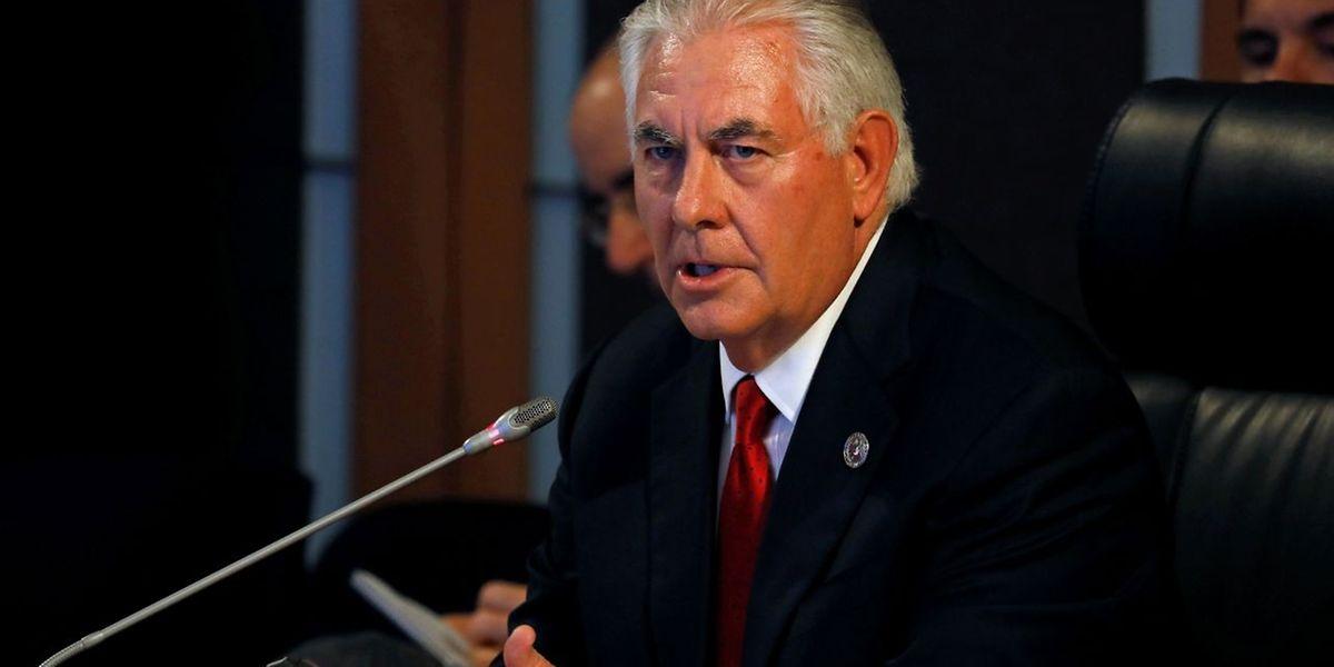 """US-Außenminister Rex Tillerson: """"Der Präsident sendet eine starke Botschaft in Richtung Nordkorea, in einer Sprache, die Kim Jong Un verstehen kann."""""""