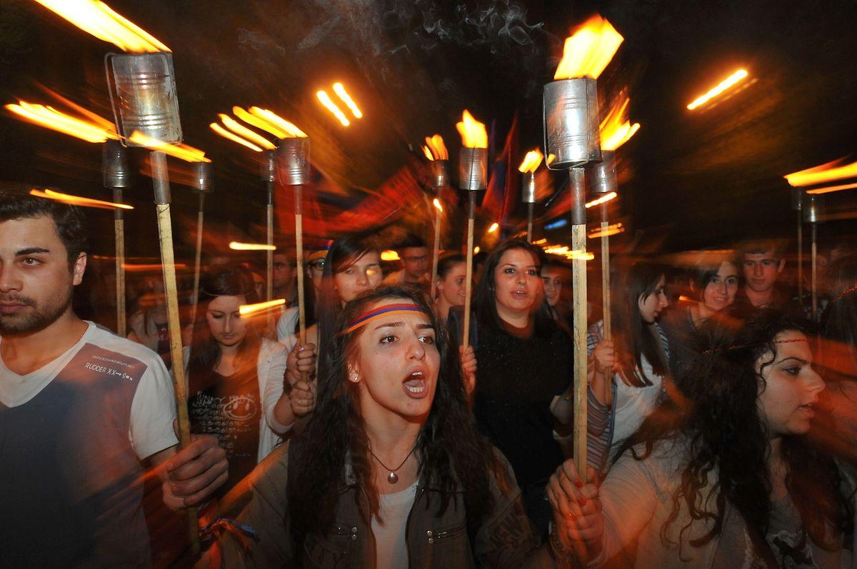 Gedenken in Eriwan zum Jahrestag des  Völkermordes an den Armeniern während des Ersten Weltkrieges im Osmanischen Reich
